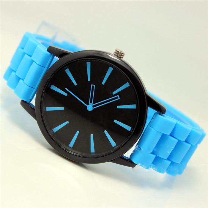 Женские часы Geneva quartz голубые