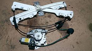 Моторчик стеклоподъемника двери передней правой 80730CC000, (56790) Murano Z50 NISSAN