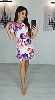 Платье вырез капля с короткими рукавами светлое
