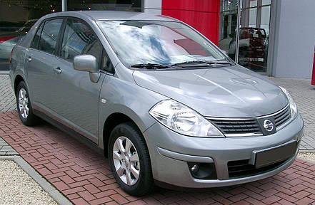 Решетка радиатора левая (клетка) Nissan Tiida 05-12 арабская версия (FPS) 62330ED000, фото 2