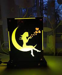 Декоративный настольный ночник Девушка на луне, теневой светильник, несколько подсветок (батарейка+220В)
