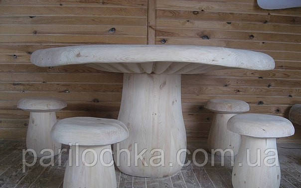 Стол и стулья грибы