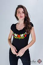 Женская вышиванка черного цвета с глубоким декольте «Рюшка с цветами», фото 3