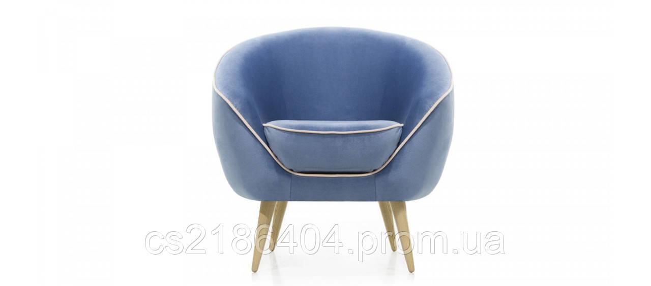 Сучасне крісло на дерев*яних ніжказ у якісній голубій тканині ESSEN