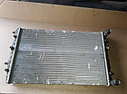 Б/у Радиатор охлаждения двигателя 6Q0121253Q для VW Polo 6R,Fabia II 2009-2017(дифект), фото 2