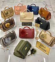 Модная женская сумка-клатч с помпоном