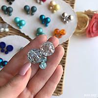 """Серьги """"Шанель"""" под битый кристалл, гвоздики (голубой)."""