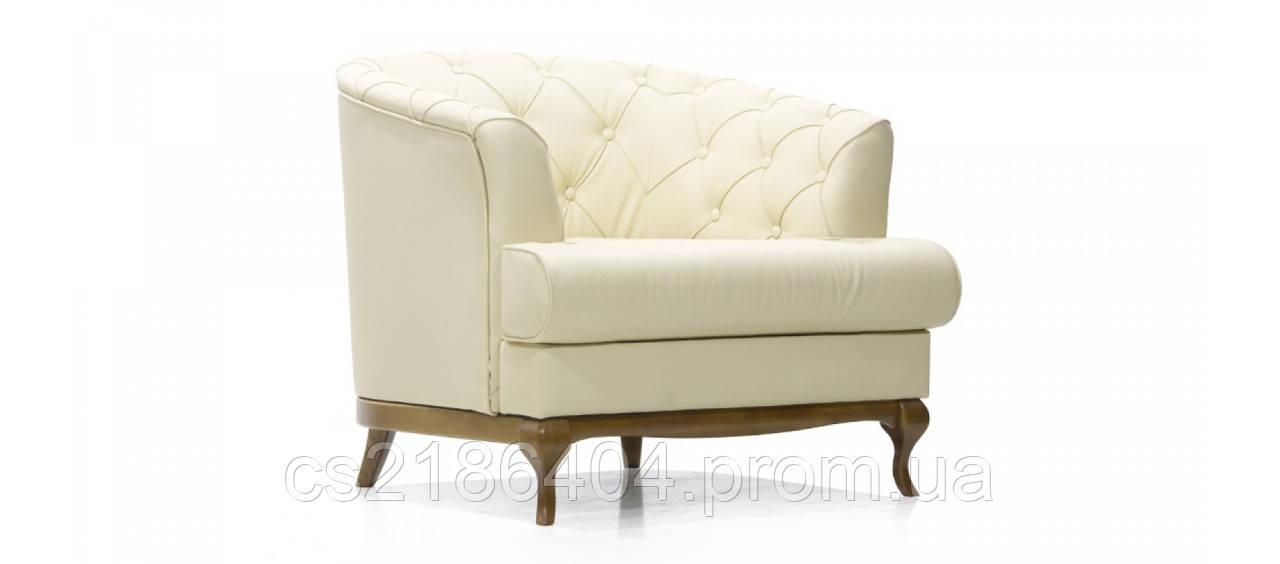 Класичне крісло на дерев'яних ніжках у світлій якісній тканині PASSION