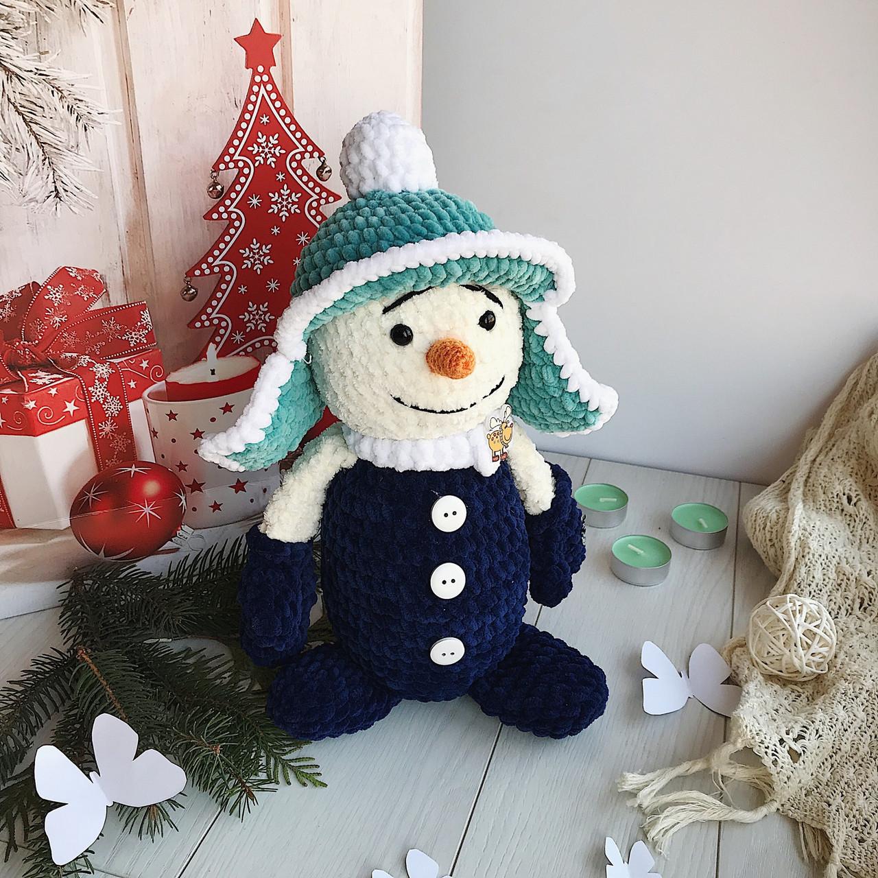 Вязанная детская игрушка ручной работы «Снеговик»