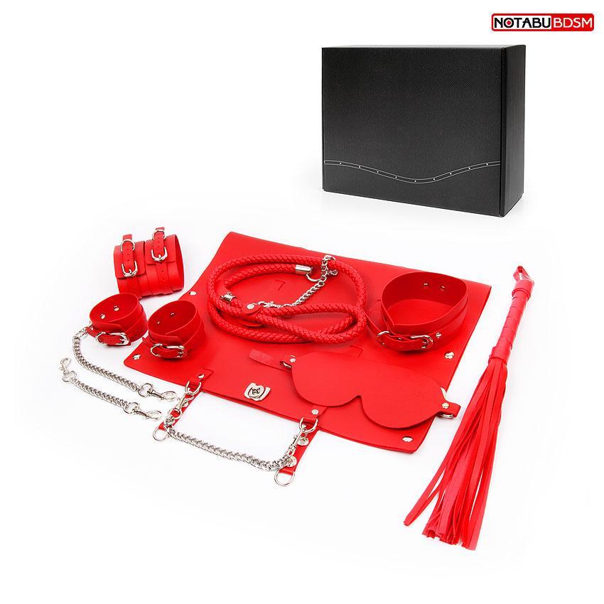 НАБОР (маска, ошейник с поводком, наручники, оковы, плеть) цвет красный