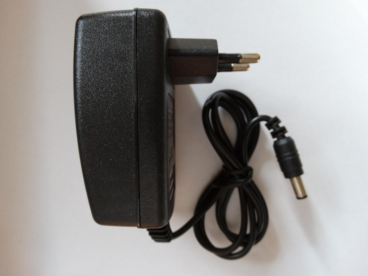 15В 2А Блок живлення зарядка для блютуз колонки штекер 5,5х2,5 мм