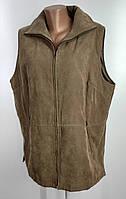 Женская безрукавка немного утепленная размер 50-52