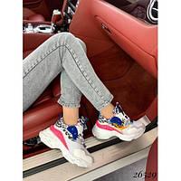 Стильные кроссовки на широкой подошве, яркие
