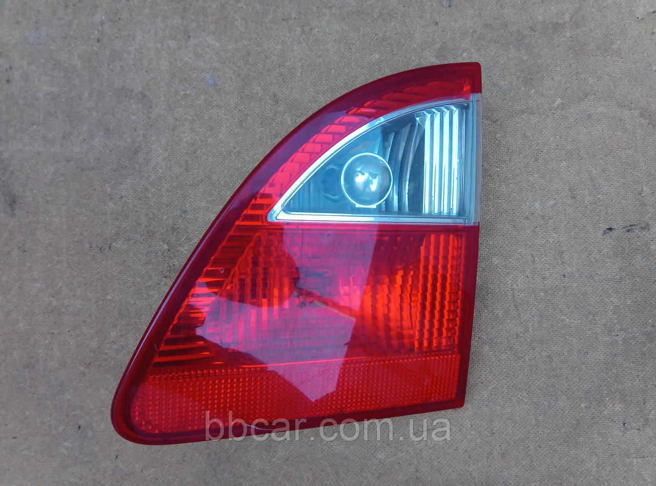 Задній ліхтар Ford Galaxy ,Volkswagen Sharan Hella 7M5945094D ( R )