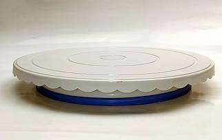 Подставка для торта пластиковая d 28 см h 2 см