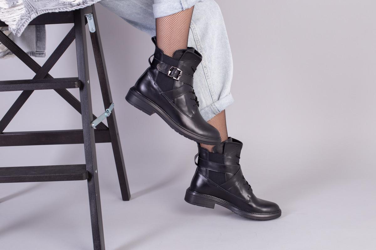 Ботинки черные кожаные на шнуровке демисезонные