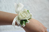 Бутоньерка на руку роза белая айвори