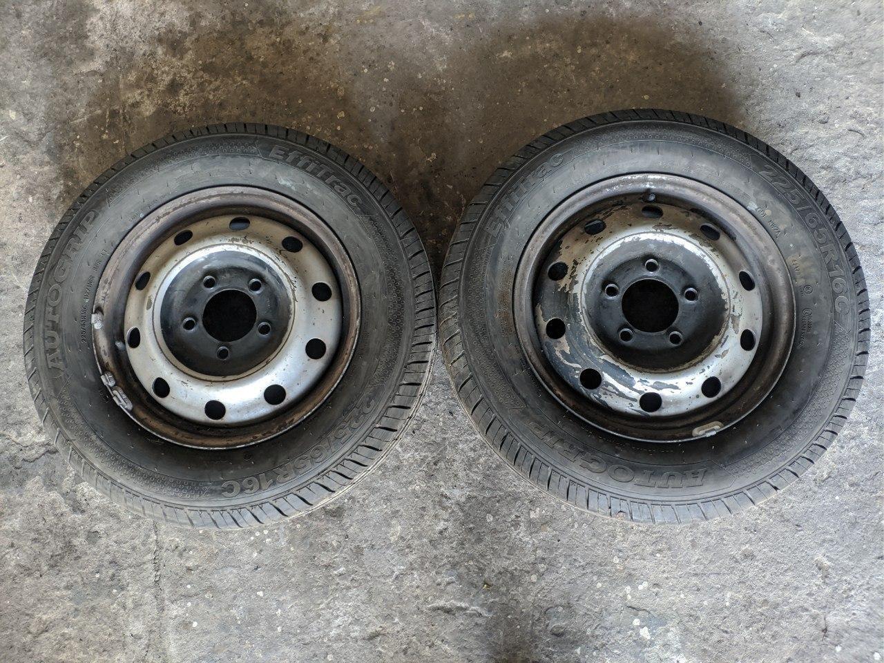 Резина с диском (комплект 2 шт.) 225/65/R16C Renault Master, Opel Movano 1998-2010, 7700314672 (Б/У)