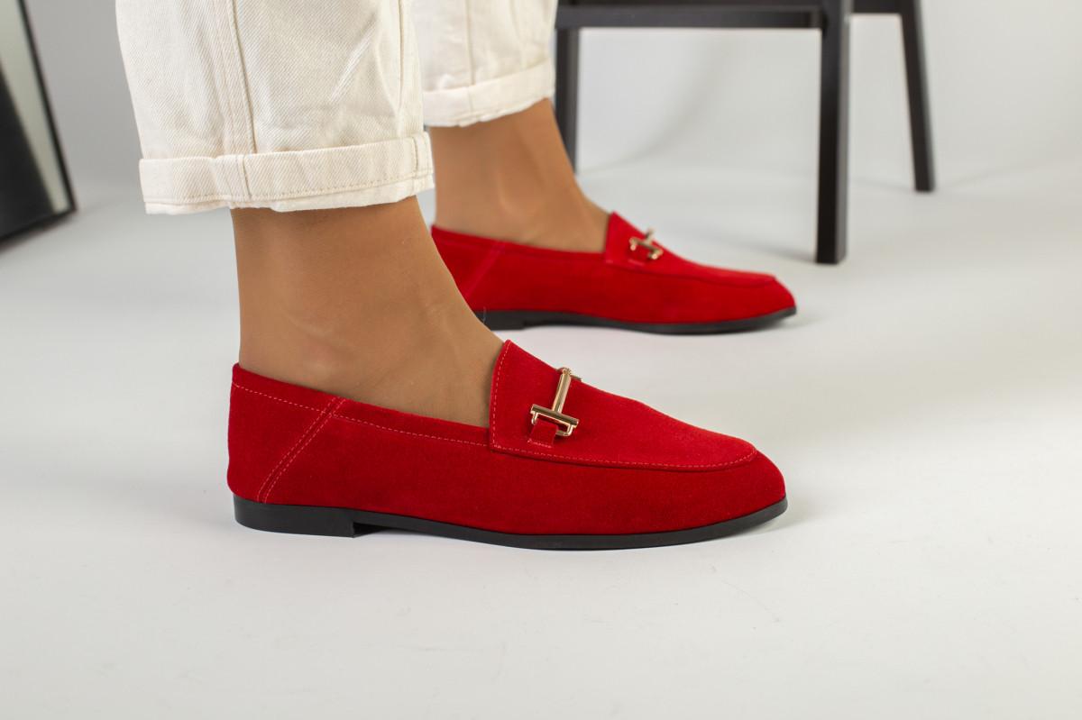 Замшевые закрытые туфли на низком ходу, красные
