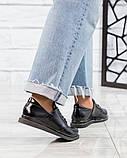 Стильные лаковые туфли женские на шнуровке, фото 5