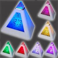Будильник 7 led Пирамида