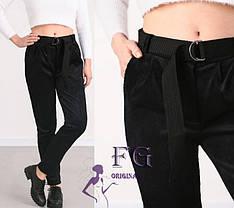 Черные женские вельветовые зауженные брюки с поясом высокая посадка