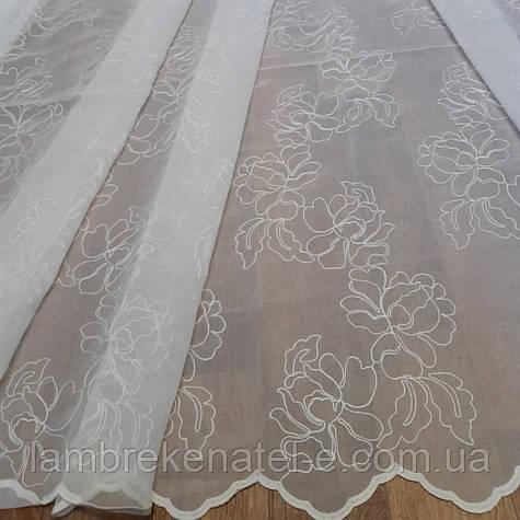 Тюль в зал, в спальню, белый лен с вышивкой крупные цветы