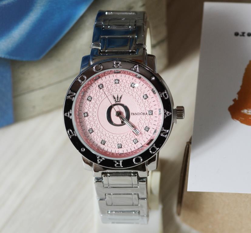 Наручные кварцевые часы HS0031. Серебряного цвета