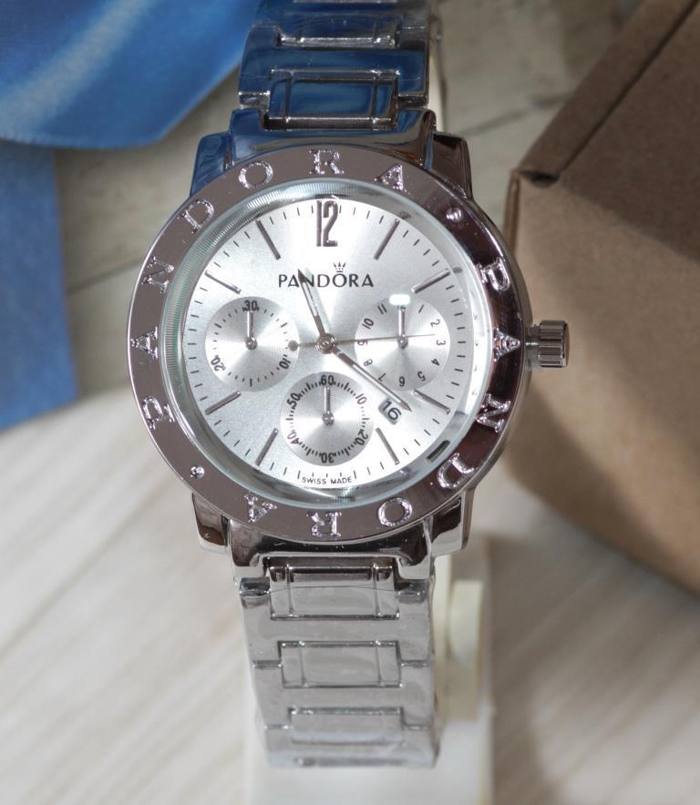 Наручные кварцевые часы HS0043 Серебряного цвета