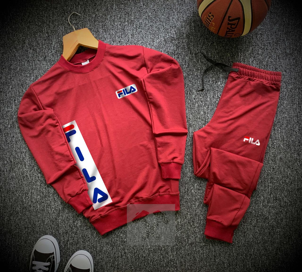 Мужской спортивный костюм Fila красного цвета