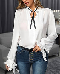 Нарядная белая легкая блуза с широкими рукавами на завязках