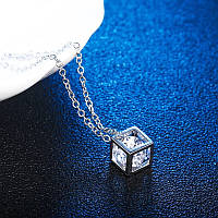 Квадратний куб з кристалом ланцюжок намисто (срібло)
