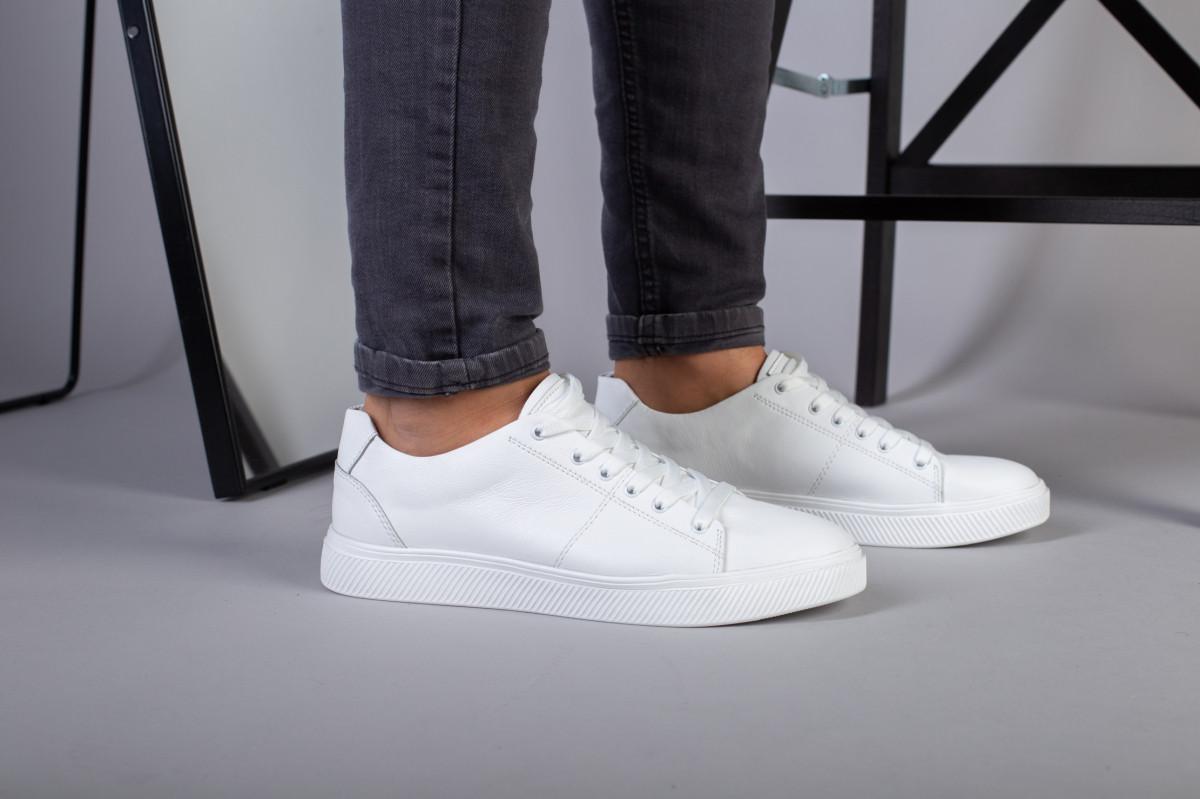 Мужские белые кожаные кеды на белой подошве