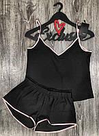 Черный комплект майка и шорты.