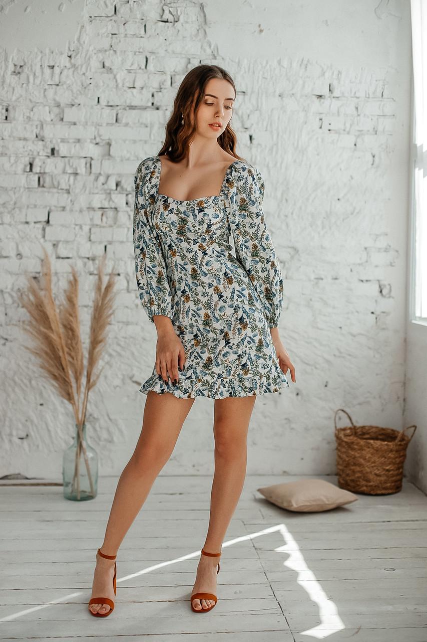 Короткое летнее платье из льна