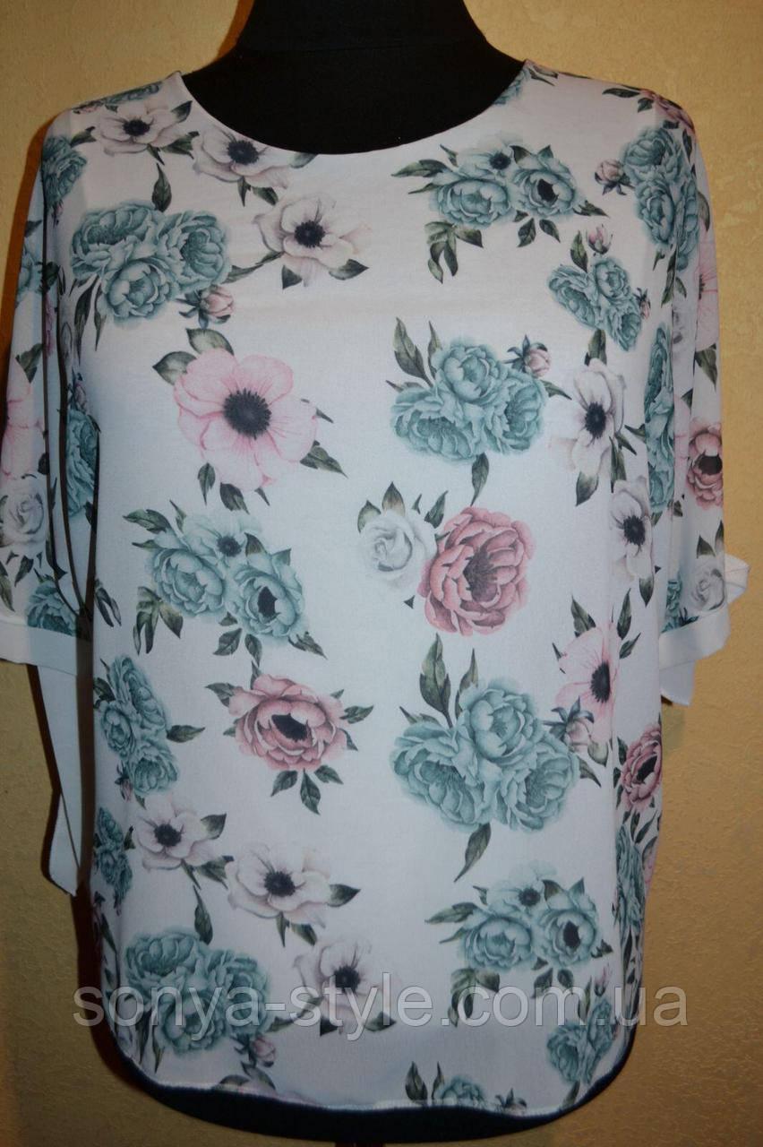 Женская блузка   из шифона с цветами    больших размеров