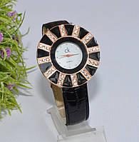 Женские наручные черные часы со стразами, фото 1