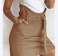 Короткая женская юбка с поясом