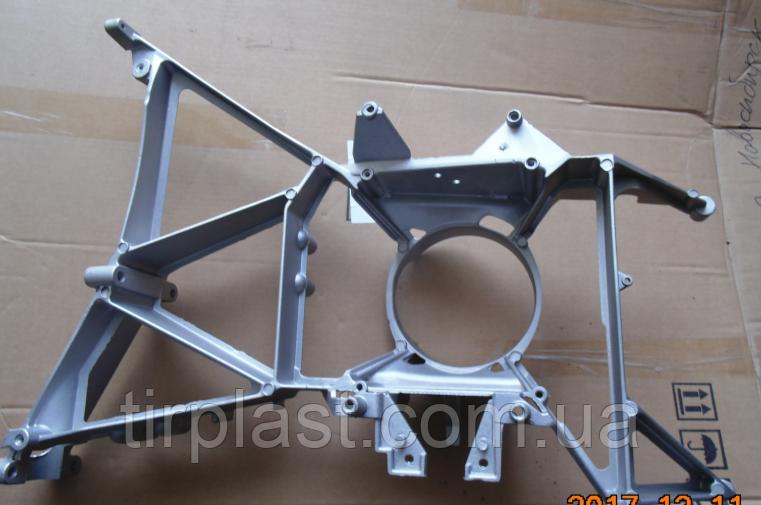 Кронштейн фары DAF XF95 E2 E3 держатель фары ДАФ ХФ паук метал