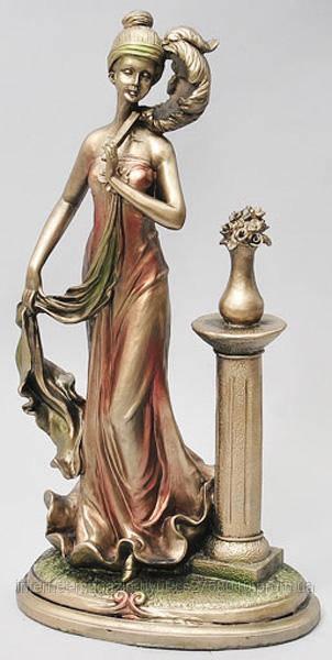 """Статуетка декоративна """"Дівчина з пером"""" 44.5 см з бронзовим напиленням"""