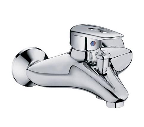Смеситель для ванной комнаты с лейкой  2-128