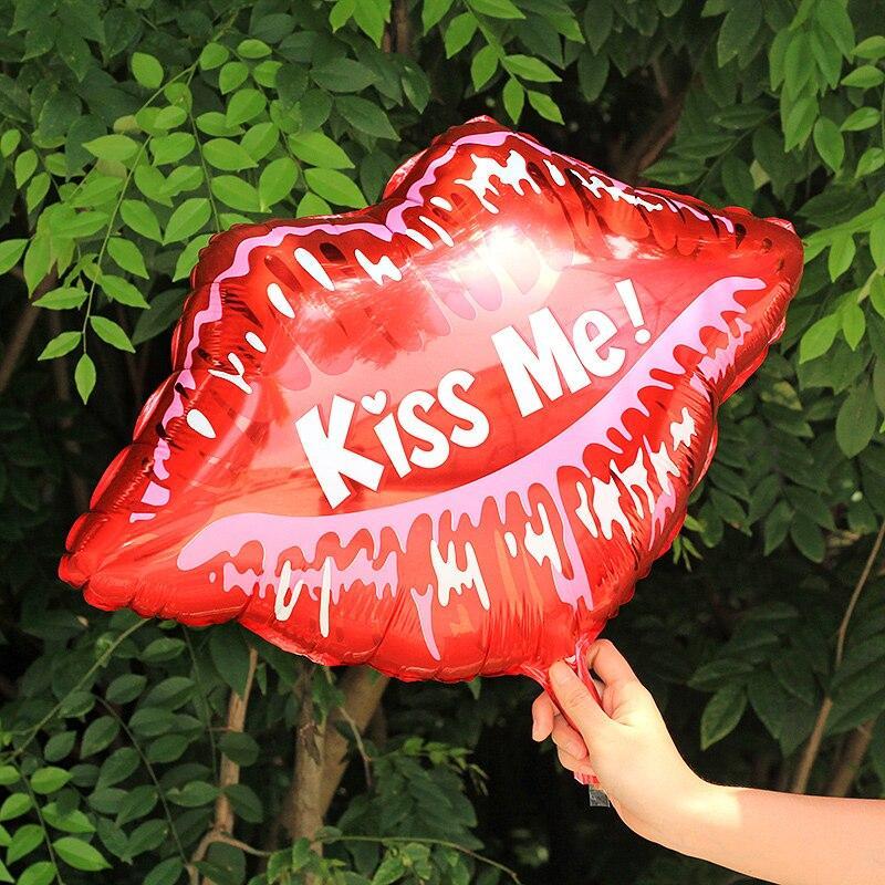 """Куля фольгований губи """"kiss me"""" 1725"""