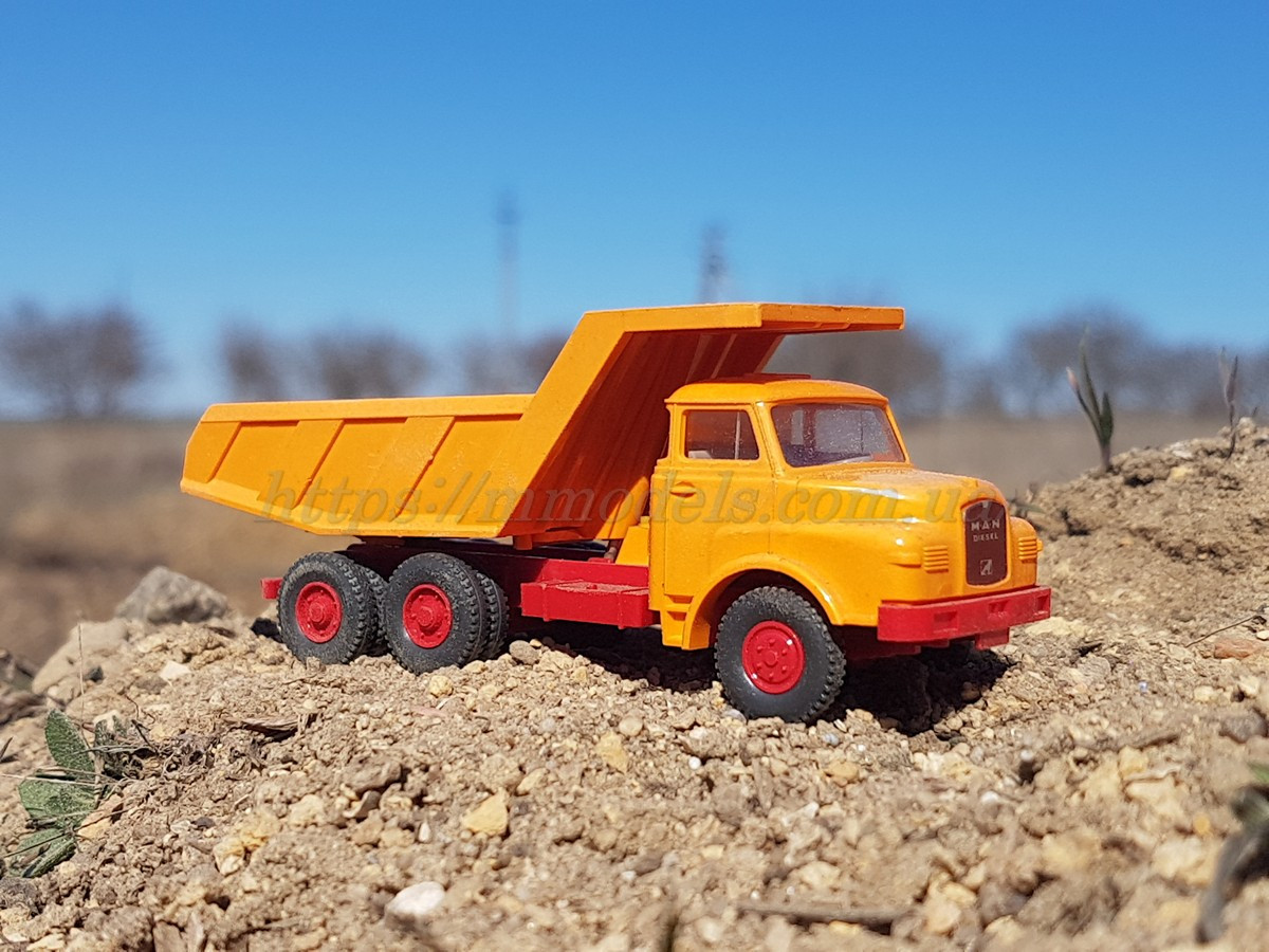 Wiking масштабная модель самосвала MAN Kipper оранжевого цвета, масштаба 1/87,H0