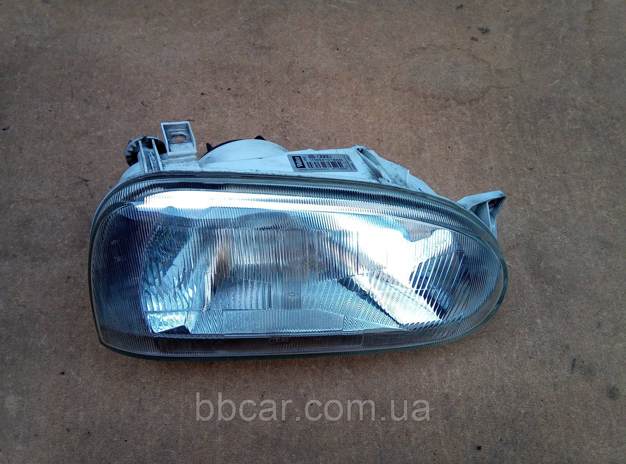 Фара Volkswagen Golf 3 Valeo 1H6941018AN  ( R )