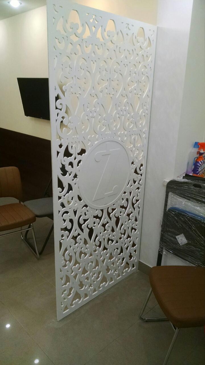 Декоративні решітки та перегородки, зонування офісу 042 логотип компанії