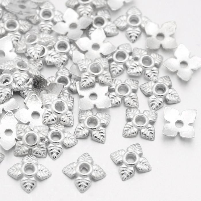 Шапочки для Бусин 4 лепестка, Цветок, Металл, Тибетский Стиль, Цвет: Серебро, Размер: 6х6х2мм, Отверстие 1мм/ Упак.: 100 шт