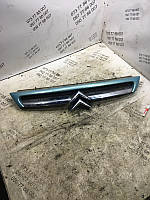 Решетка радиатора Citroen C8 1484199477