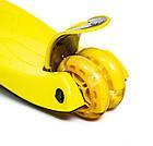 Детский самокат со светящиеся колеса MAXI Scale ScooTer Yellow, фото 3