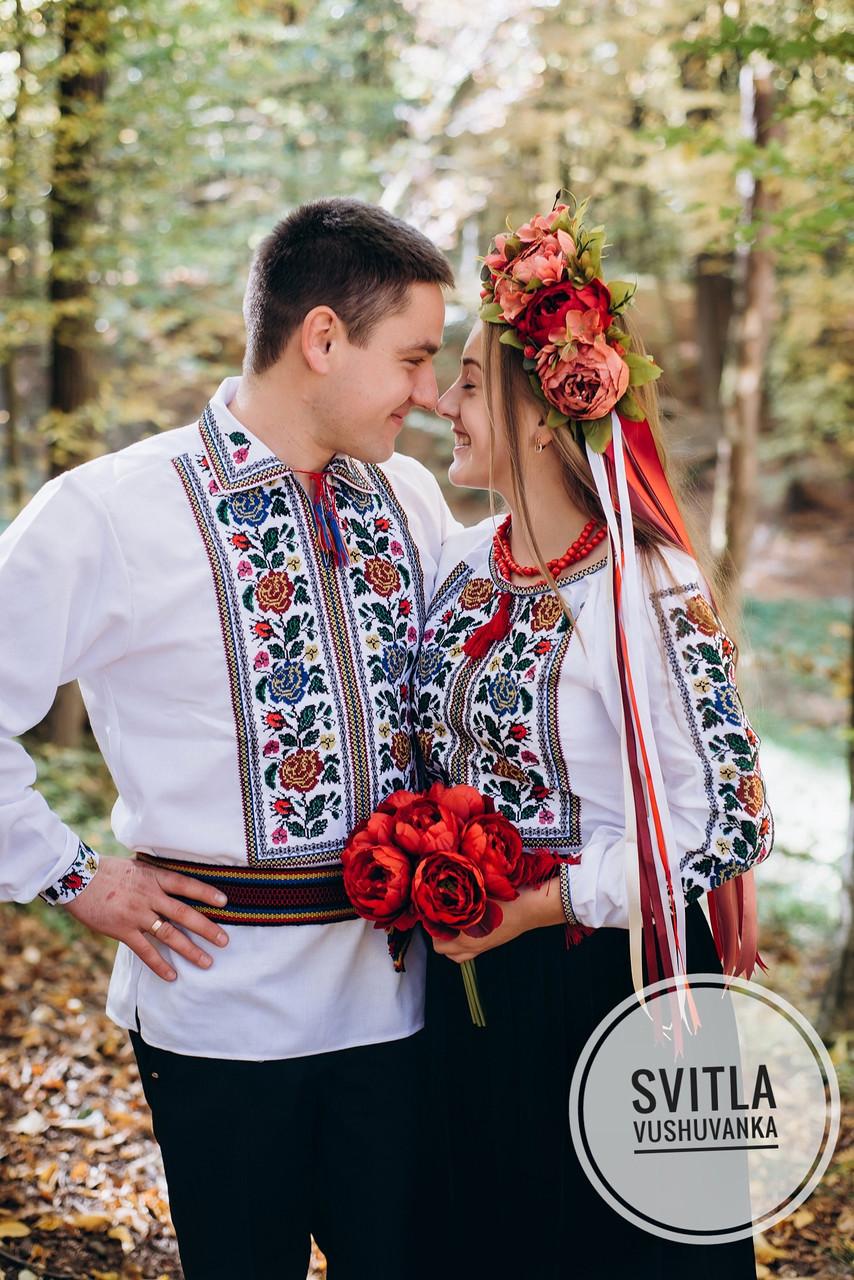 """Чоловіча сорочка з вишивкою хрестиком в етно стилі """"Квіти в золоті"""""""