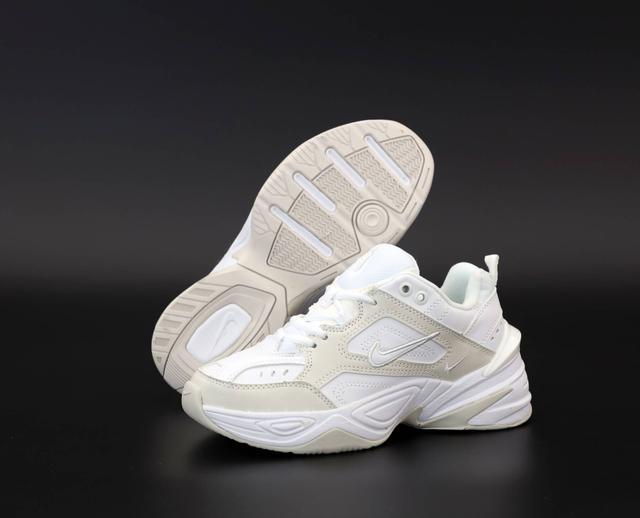 Женские кроссовки Nike M2K Tekno белые с бежевым фото